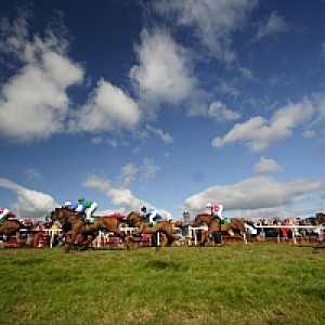 Dingle Races: August/Lúnasa